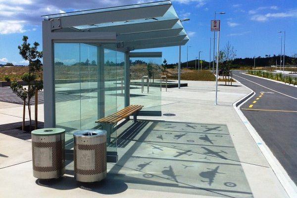 Hobsonville 4.8m Glass Cantilever Bus Shelter 07