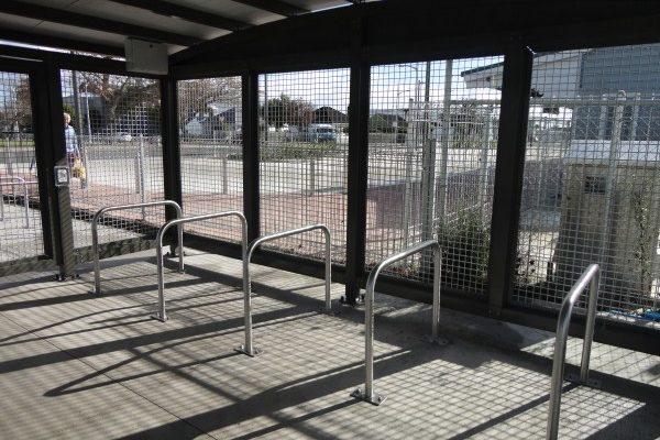 Papakura Bike Cage SBR10B Rails